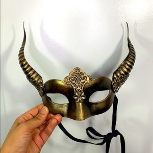 Gold Masquerade Mask with Horns